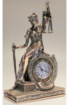 Часы декоративные ФЕМИДА высота 21 см.