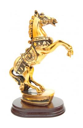 Фигурка декоративная Конь высота 19 см.