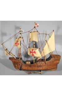 Декоративная модель корабля Санта Мария.